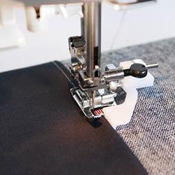 Pied pour couture en bordure